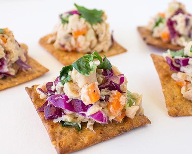 Asian Salmon Salad Crackers