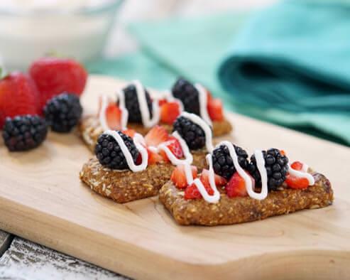 Berry and Yogurt Snack Bars