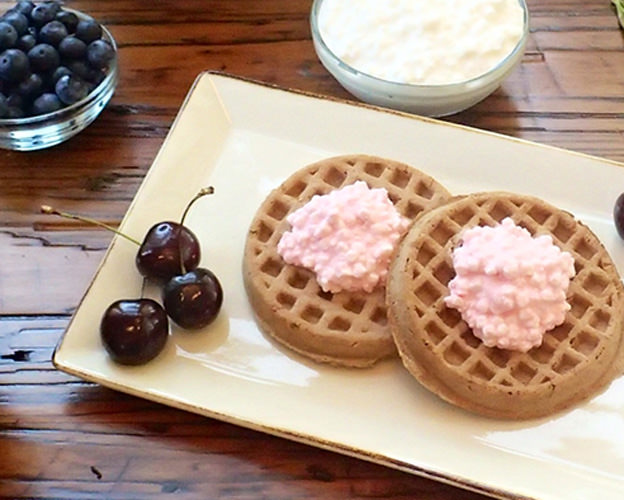 Berry Cream Delight Waffle Topping