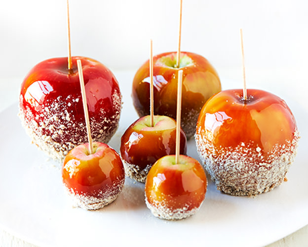 Cinnamon Heaven Candy Apples