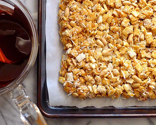 Caramel Corn Crunch Cookie Clusters