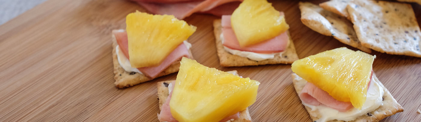 Pineapple & Ham Crackers