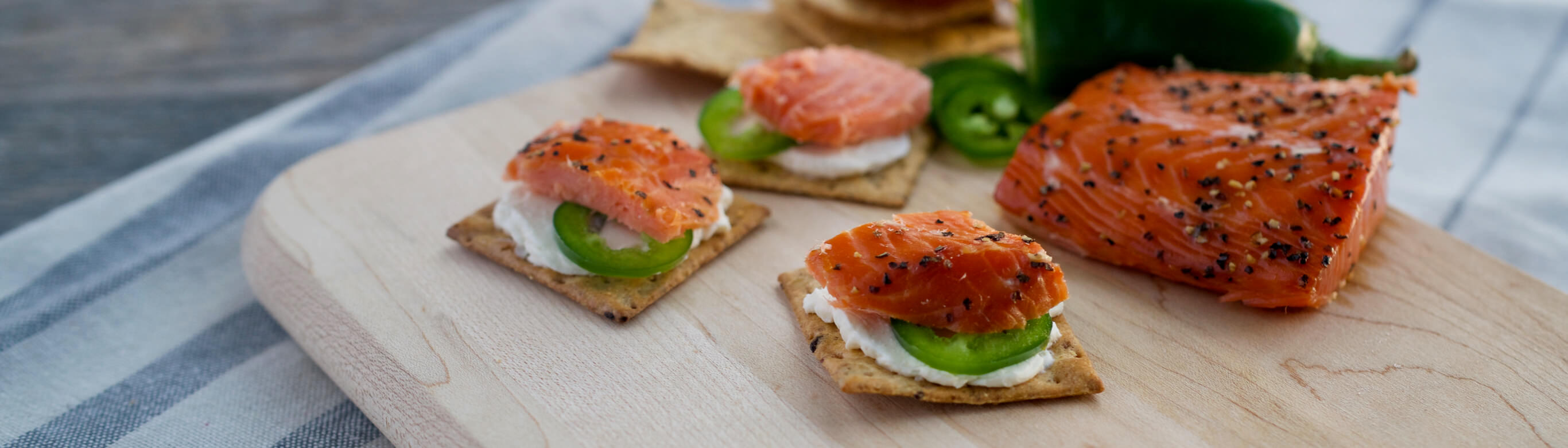 Spicy Salmon Crackers